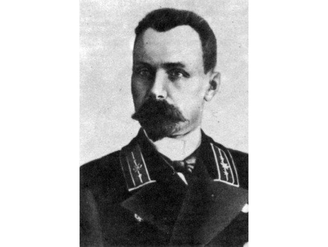 Александр Сержпутовский